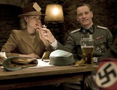Inglourious Basterds photograph - L7229 - Diane Kruger and Michael Fassbender