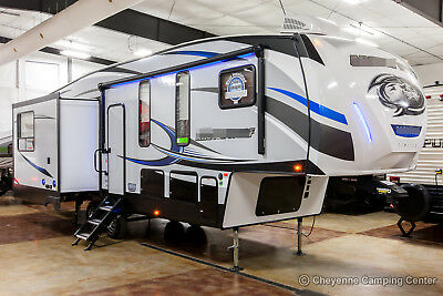 New 2019 295QSL8 Lite Lightweight Mid-Bunkhouse 5th Fifth Wheel Auto Leveling