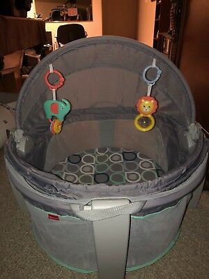 Fisher Price Bubbles On The Go Baby Dome