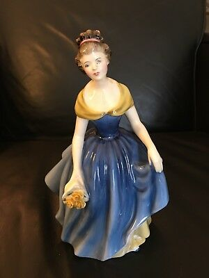 Royal Doulton Lady Figurine: Melanie HN 2271 Copyright Date 1964 MINT Condition