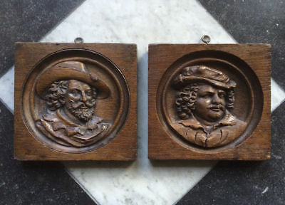 Antique Superb Pair of Dutch/Flemish Oakwooden Panels Portraits Circa 1700