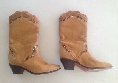 05c8bdaaaf9 WOMEN'S VINTAGE ZODIAC Boots Size 5.5 Brown Leather - $30.00 | PicClick