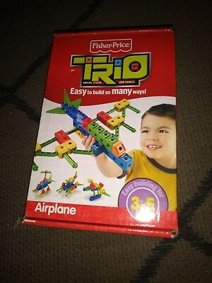 NEW Kids Fisher Price TRIO BricksSticks and Panels AIRPLANE 32 pieces 2009