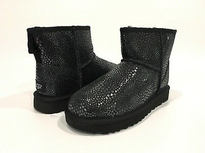 6b04335cdbc UGG 1019637 CLASSIC Mini Glitzy Boots Black Leather -Women'S Us Size 6 -New