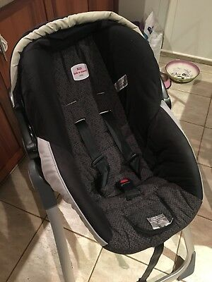 Britax Safe N Sound unity capsule + Base 2014/2012