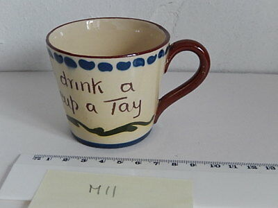Torquay ware cup scandy. Cup 7cm dia (M11)