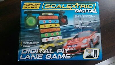 Scalextric Digital C7041 Pit Lane Game 1:32