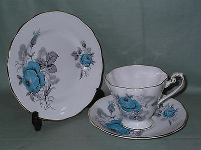 Royal Standard Bone China Trio Tea Cup Saucer & Side Plate Blue Roses Patt.2121