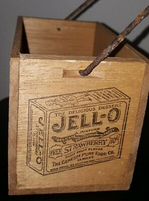 Vintage JELL-O wooden box holder rusty removable handle