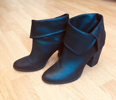 d78d61b64b1a Reba Black Leather Ankle pirate Boots booties New w defect Womens Shoes 9.5