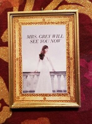 Anastasia Steele 50 Shades Of Grey Christmas Ornament/Magnet/DH Mini Fifty