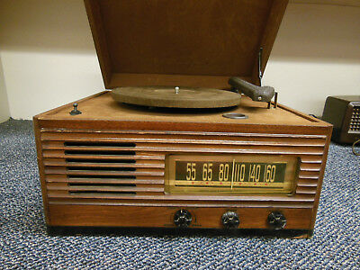 Vintage Emerson Record Player Turntable AM Radio Wood Cabinet ☆ Clean ☆ AS IS ☆