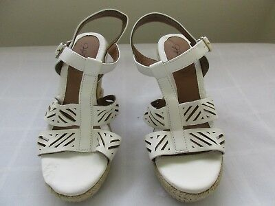 b1eb11f96d New Defects Women's Jaclyn Smith Tali Strappy Wedge Sandals 40550 White 68A  pc