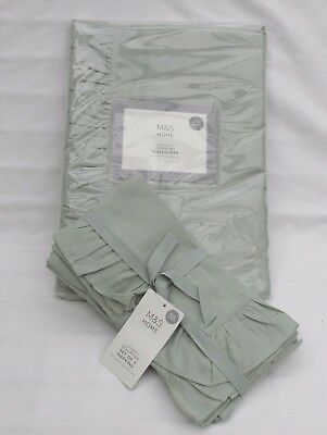 Marks And Spencer Green Country Style Table Cloth And Four Napkins With Linen