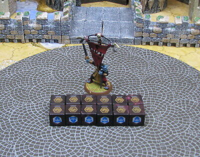 Ornak Utgar's Flag Bearer mini + 12 dices Crest of the Valkyrie Heroscape
