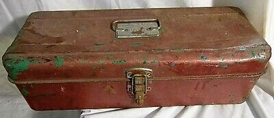 Vintage metal Liberty Tackle / Tool Box single Tray rusty lures string scale +