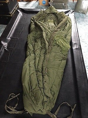 RARE NEW NOS Genuine Issue Extreme Cold Weather Sleeping bag, still in bag! S007