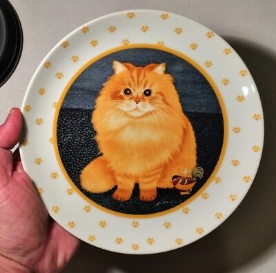 LOWELL HERRERO ORANGE-YELLOW CAT COLLECTOR/THEME PLATE w/PAWPRINT'S,1989, 7 3/4""