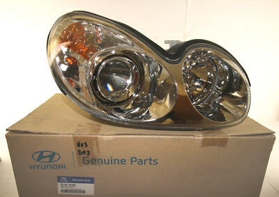 921023D090 Genuine Hyundai Sonata Right Hand Head Lamp/Light 4/01-5/05 Sedan