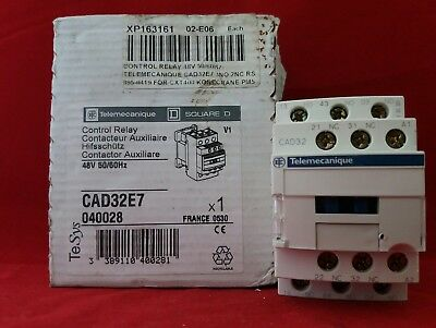 Telemecanique Cad32E7 Control Relay