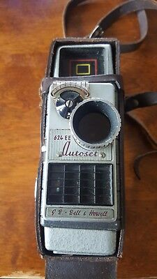 Vintage 1950s G.B.-Bell & Howell Autoset 624EE 8mm Cine Camera with case