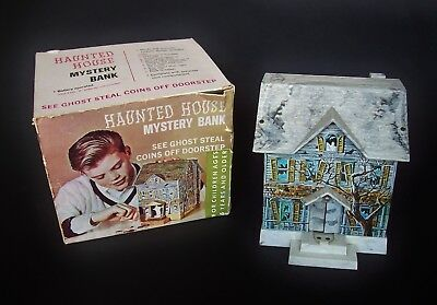 HAUNTED HOUSE Mystery Bank mit Originalkarton um 1970