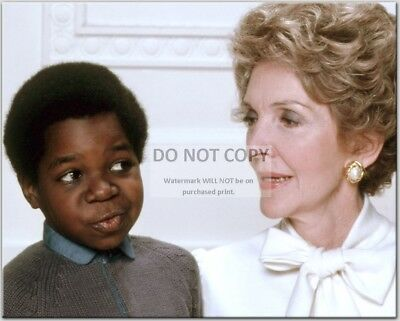 """Gary Coleman & First Lady Nancy Reagan In """"Diff'rent Strokes"""" 8X10 Photo (Cc598)"""