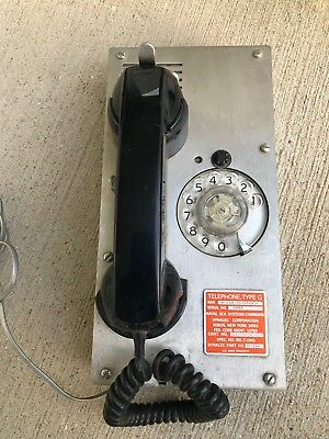 Vintage US Navy DYNALEC DIAL Phone  TELEPHONE, TYPE G