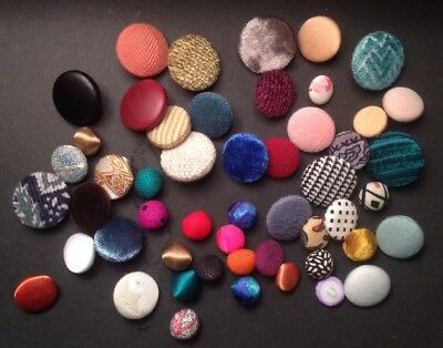 Button Covering Service Using Your Fabric x 6 Buttons Covered Sizes & Backs