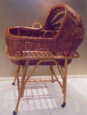 Retro Wicker/Cane Baby Bassinet, Moses Basket May suit for Dolls or Bear Display