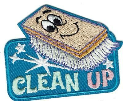 Girl Boy Cub CLEAN UP Brush Fun Patches Crest Badges SCOUT GUIDE litter cleaning