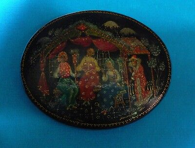 Exceptional Russian miniature box - signed