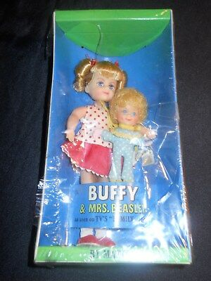 Vintage 1967 Mattel Buffy Mrs Beasley w Glasses Family Affair Dolls Original Box