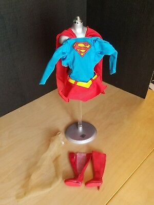 Tonner SUPERGIRL OUTFIT & Accessories only, from 2006