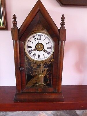 Antique American NEW HAVEN Steeple Bracket Mantel Clock