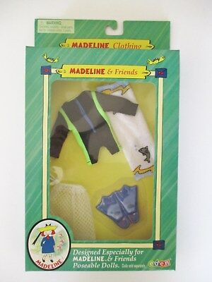 Madeline Clothing Outfit  Ocean Fun  Beach Set    New In Box