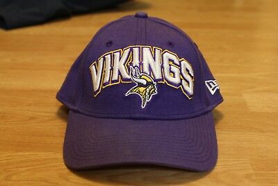 huge selection of a4509 b3c9e Minnesota Vikings New Era Fitted Hat 39thirty Size S-M