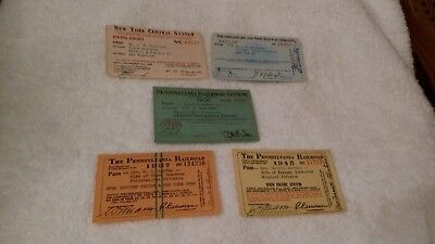 Reduced: Lot Of 5 Railroad Passes (1 Price)