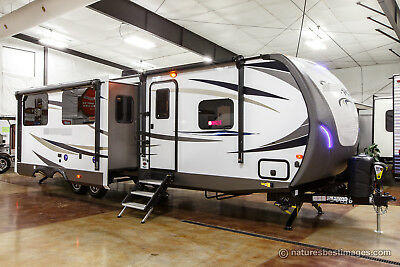 New 2018 312TSQBK Bunkhouse Travel Trailer Bunks & Outdoor Kitchen Never Used