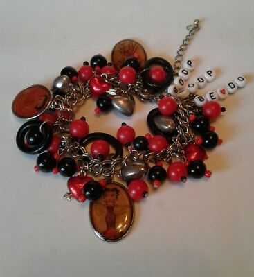 Vintage Betty Boop Dangling Charms Hearts Black & Red Beads Bracelet Collectable