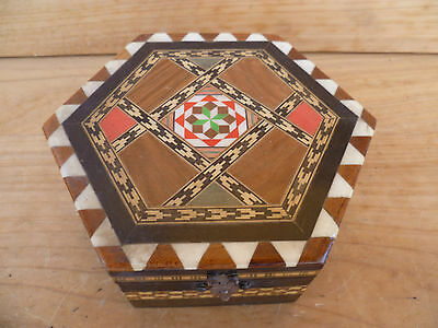 Vintage Old Small Size Timber Hex Inlaid Box, Old Box (650)