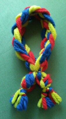 EUC Bright Colored Red Yellow Blue Braided Yarn Child Scarf w/ Adjustable Ring