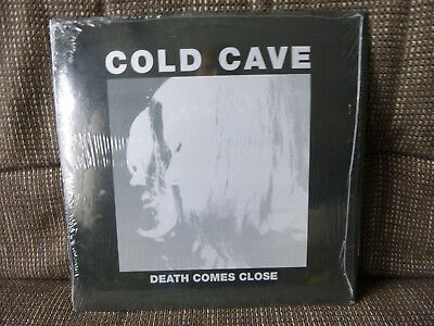 Cold Cave - Death Comes Close Vinyl EP 4 Songs Matador 2009 limited to 2000