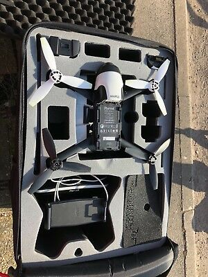 Parrot Bebop 2 HD Video Drone + FPV Pack, Skycontroller 2+ 2 Batteries.