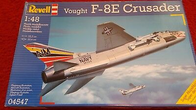 Revell 04547 ,US Navy Vought F-8E Crusader in 1:48