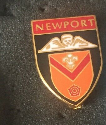 Newport Rugby Union Crest Enamel Pin Badge