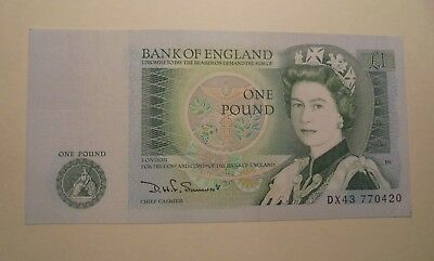 1 England Pound Note Just About Unc