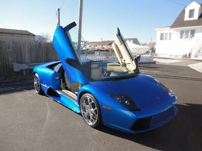2006 Lamborghini Murcielago LAMBORGHINI MURCIELAGO V12 ROADSTER 2006 LAMBORGHINI MURCIELAGO ROADSTER V12 AWD LOW MILES CLEAN CARFAX WE FINANCE