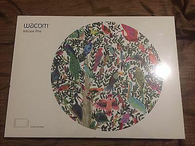 Brand New Wacom Intuos Pro Medium Factory Sealed Large Creative Pen Tablet