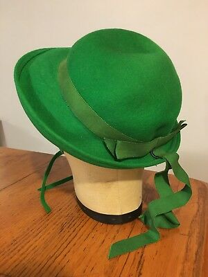 Vtg 50's-60's Little Girl's GREEN 100% Wool School Hat w/ Long Grosgrain Bow